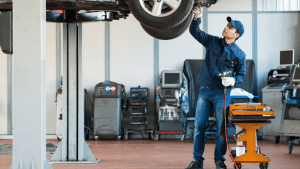 4 Reasons to Service Your Car - Acorn Insurance